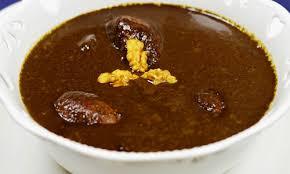 طرز تهیه و روش پخت خورش فسنجان با مرغ و رب انار در منزل
